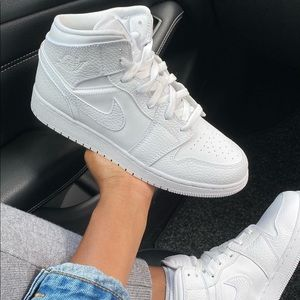 Air jordan all white